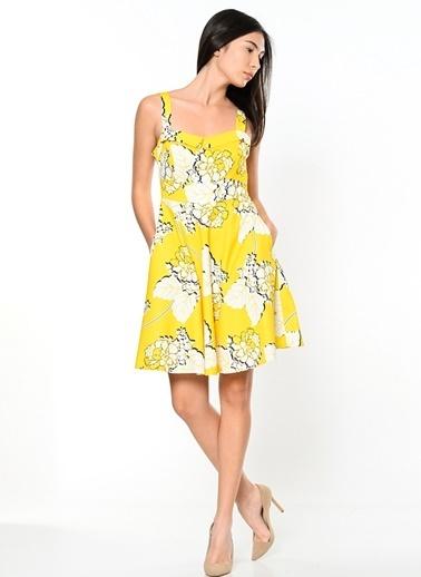Askılı Çiçek Desenli Kloş Elbise-Jus De Pommes
